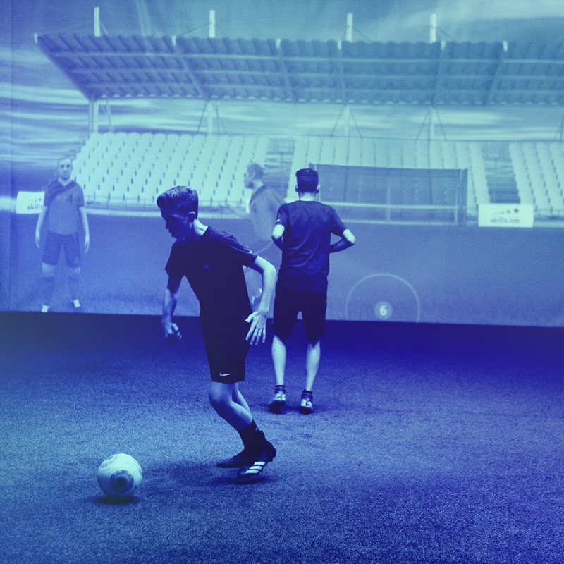 Two youth players during an exclusive training at skills.lab