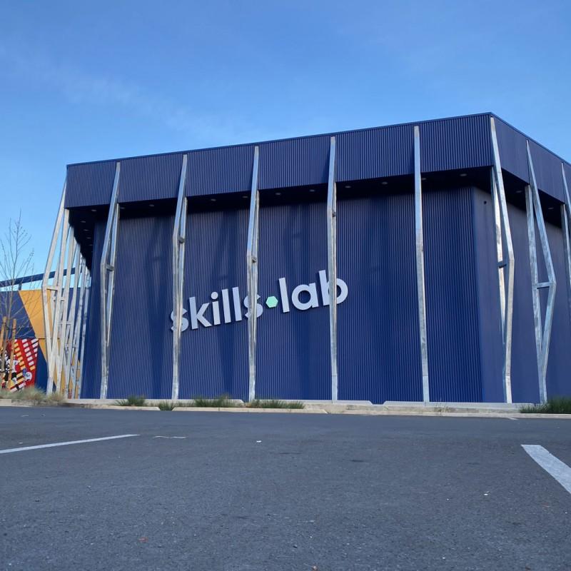 Blog - Außenaufnahme der skills.lab Arena am COPA STC in Walnut Creek