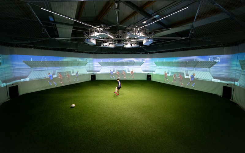 Benefits - Image shows a player during an assessment in the skills.lab Arena