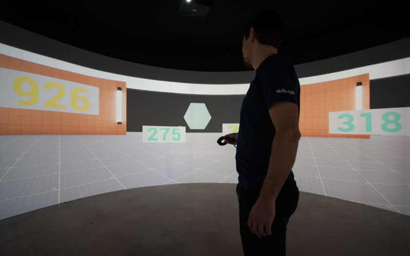 Benefits - Image shows a player during a cognitive training in the skills.lab Studio
