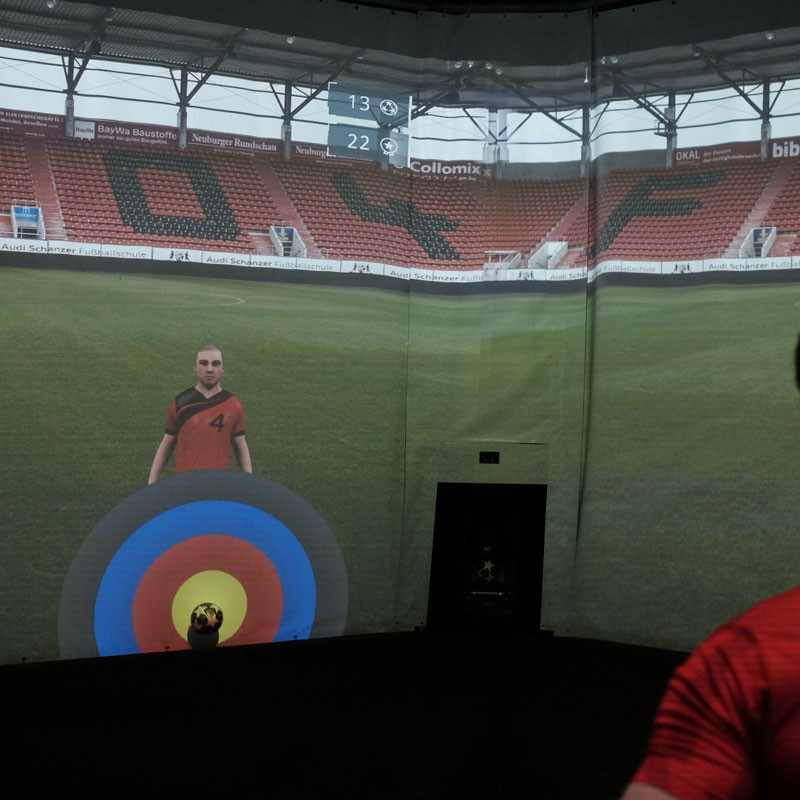 FC Ingolstadt 04 - Image of an adult player during a passing exercise in the skills.lab Arena