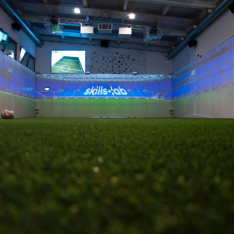 Blog - Innenaufnahme der KIB Sport One Arena ohne Ball
